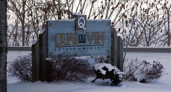 QuaiDuVinSign-Winter